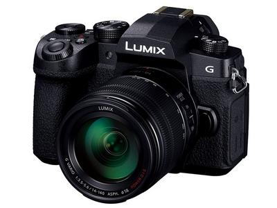 デジタル一眼カメラ/レンズキット(ブラック)
