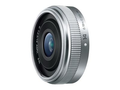 デジタル一眼カメラ用交換レンズ(単焦点レンズ:シルバー)